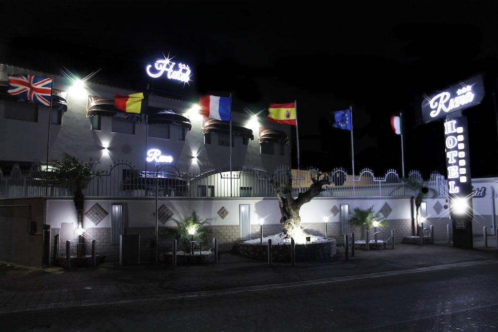 Runa Hotel