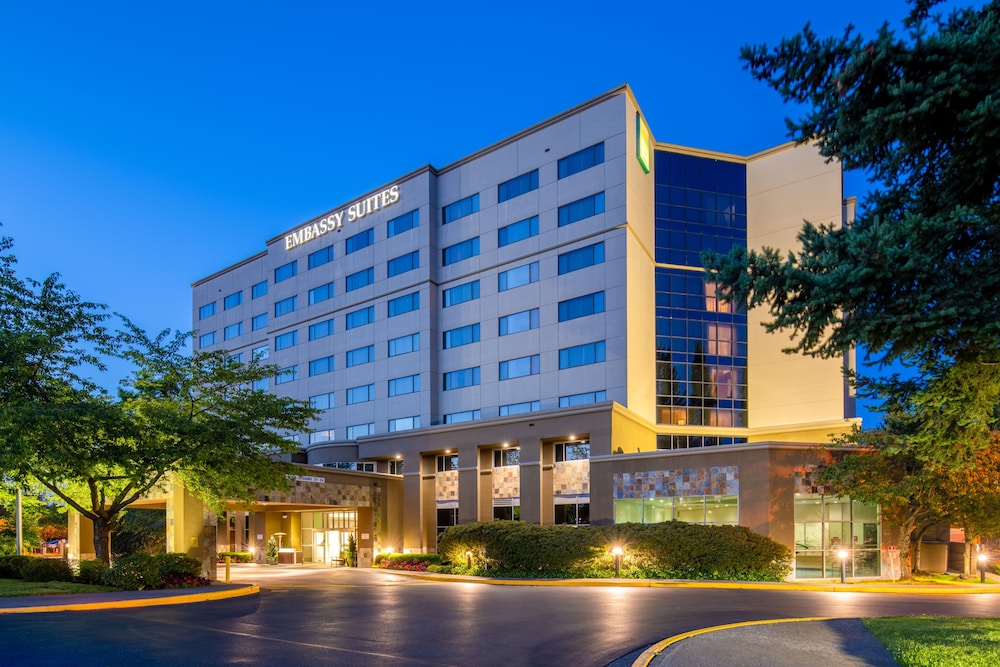 Embassy Suites by Hilton Seattle Tacoma International Airport