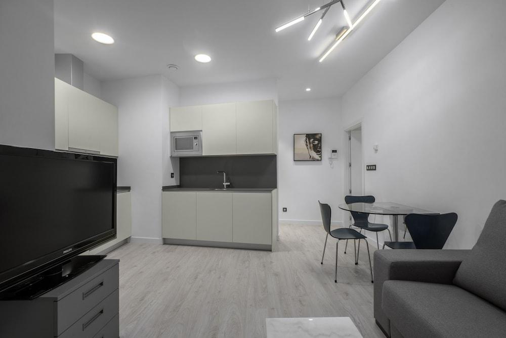 SSForYou Miracruz Apartment