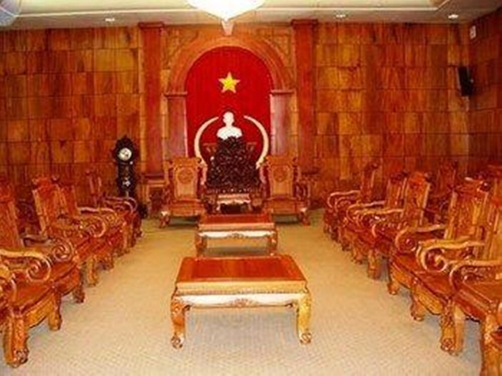 Gallery image of Nha Khach Tien Giang