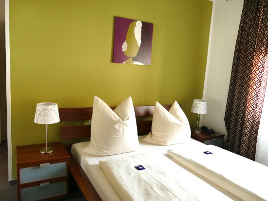 Gallery image of Hasi's Hotel