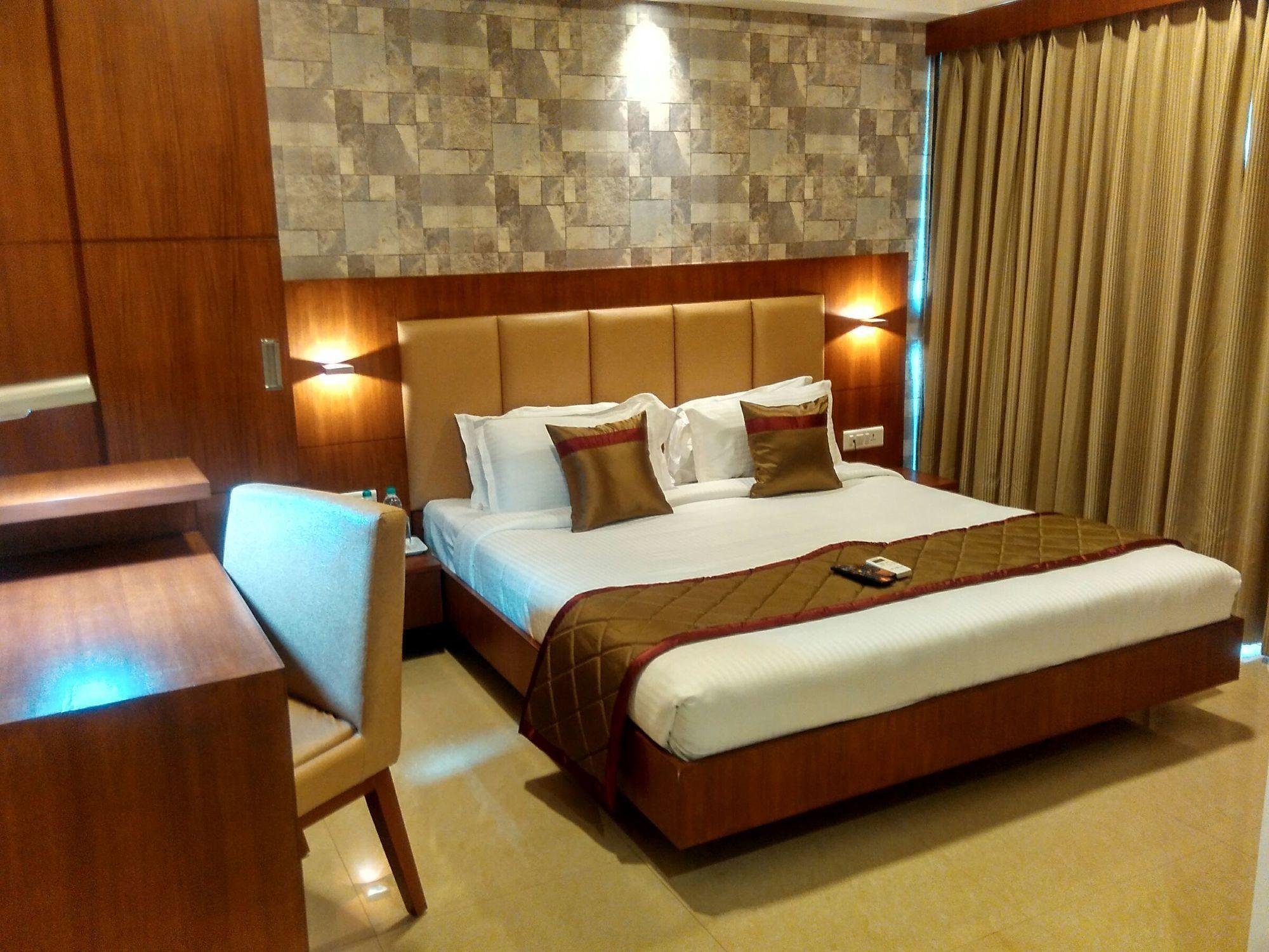Siesta Andheri Hotel
