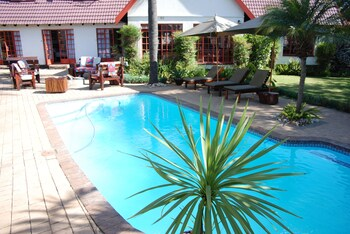 Journeys Inn Africa Guest Lodge