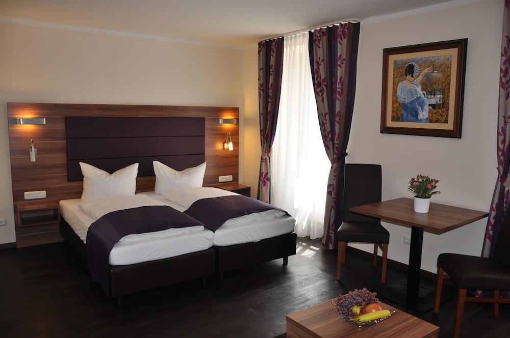 Gallery image of Batu Apart Hotel