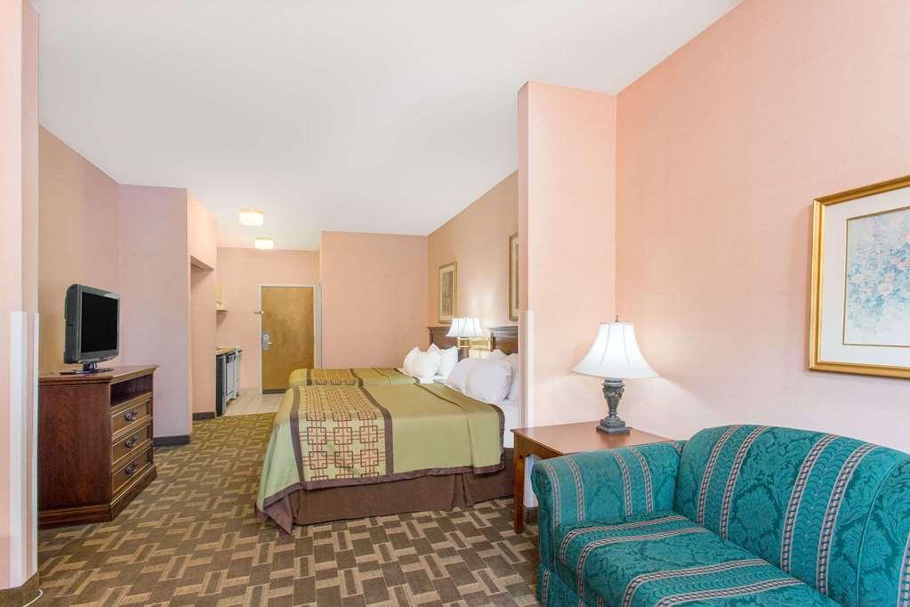 Gallery image of Days Inn by Wyndham Lexington