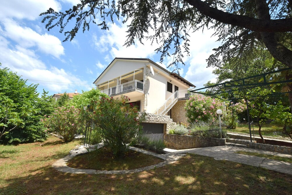 Apartments Jadanec
