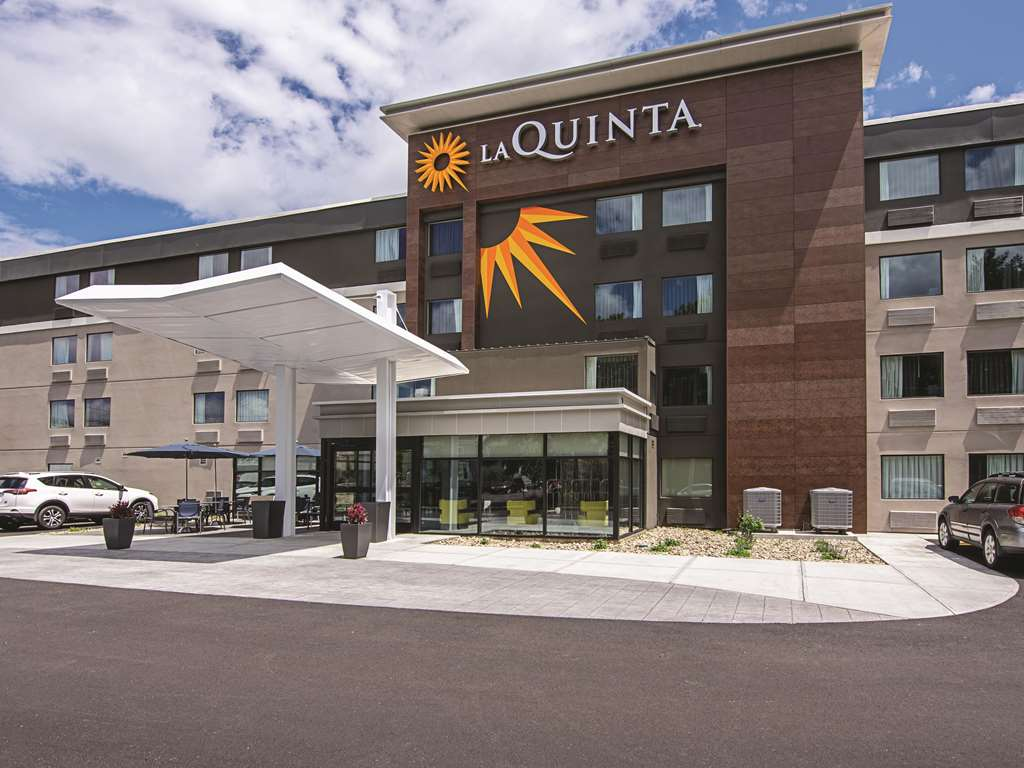 La Quinta Inn & Suites by Wyndham Portland