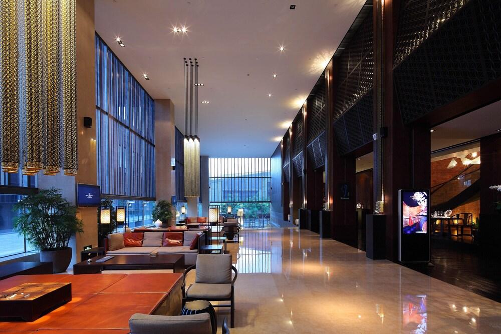 OCT Bay Breeze Hotel