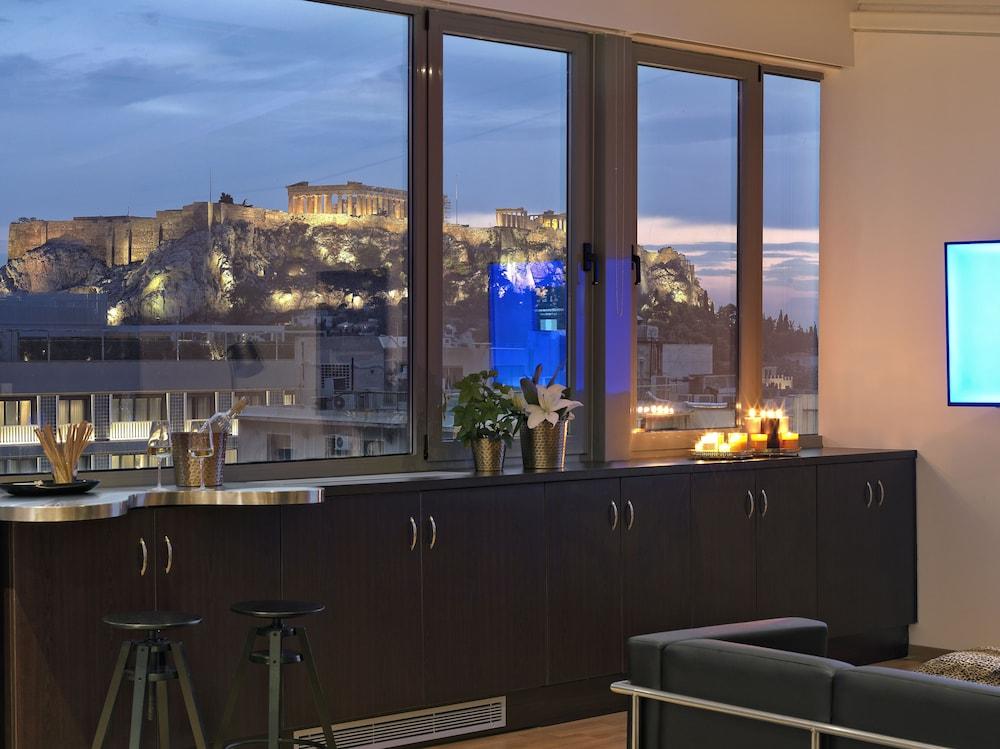 Troulanda Acropolis Suites