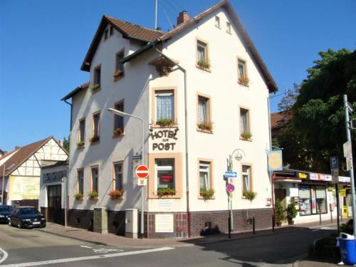 Hotel zur Post Schwanheim