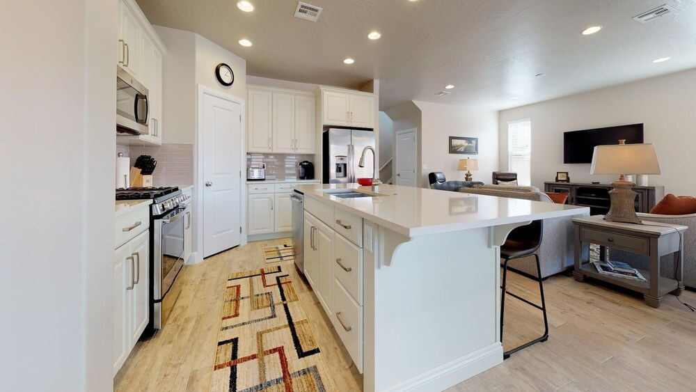 A Gathering Place 4 Bedroom Apts