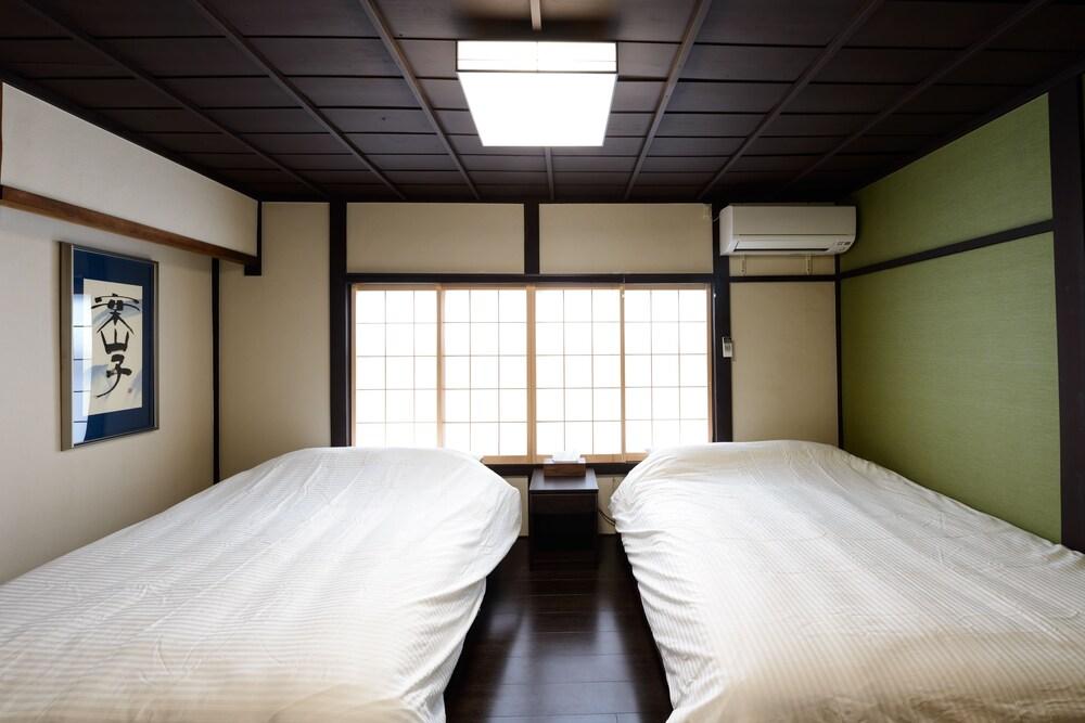 Shiki Homes Tsuki