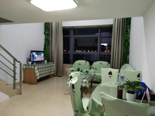 Xiamen Airport Fresh Warm Apartment