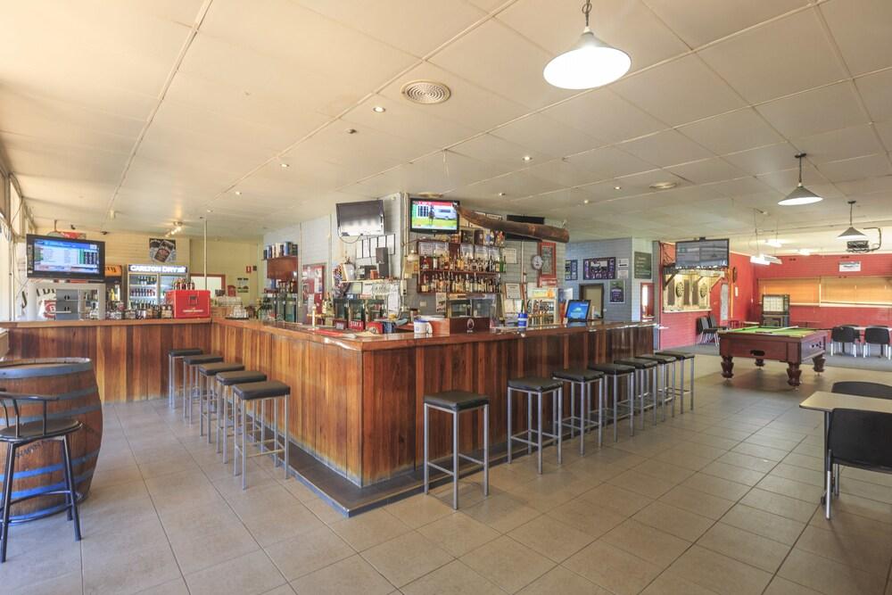 Gallery image of Walpole Hotel Motel