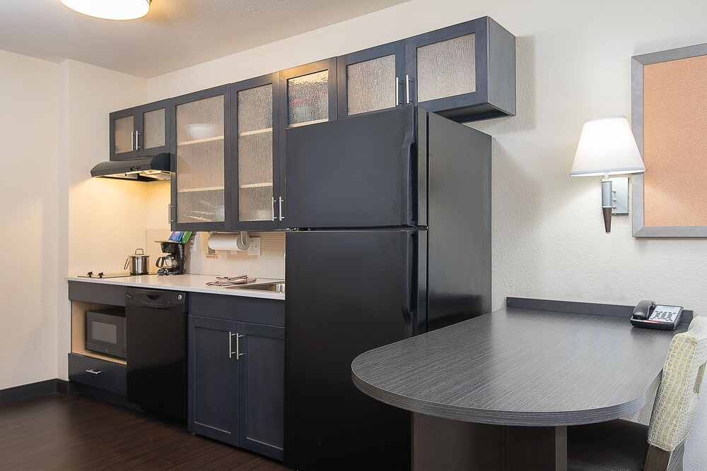 Gallery image of Candlewood Suites Bloomington