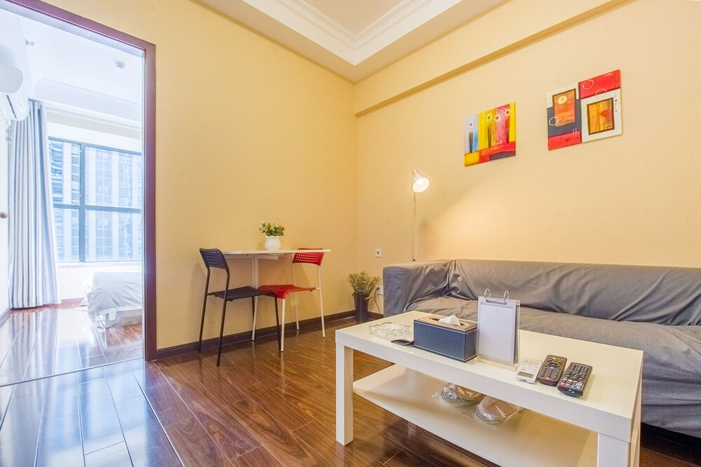 SZZD Ling Hui Serviced Apartment
