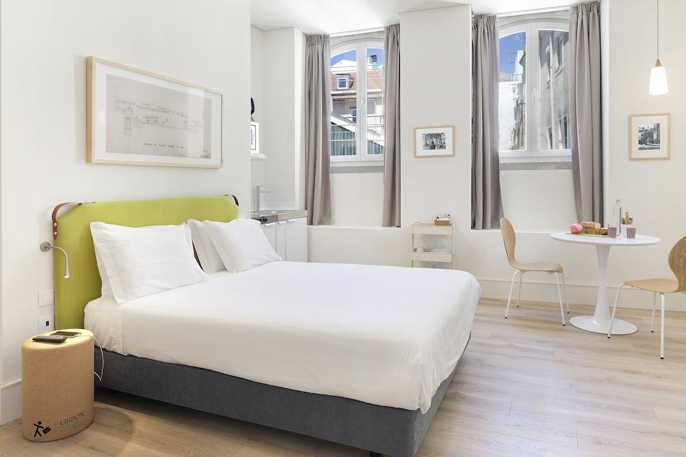 Ascensor Da Bica Lisbon Serviced Apartments