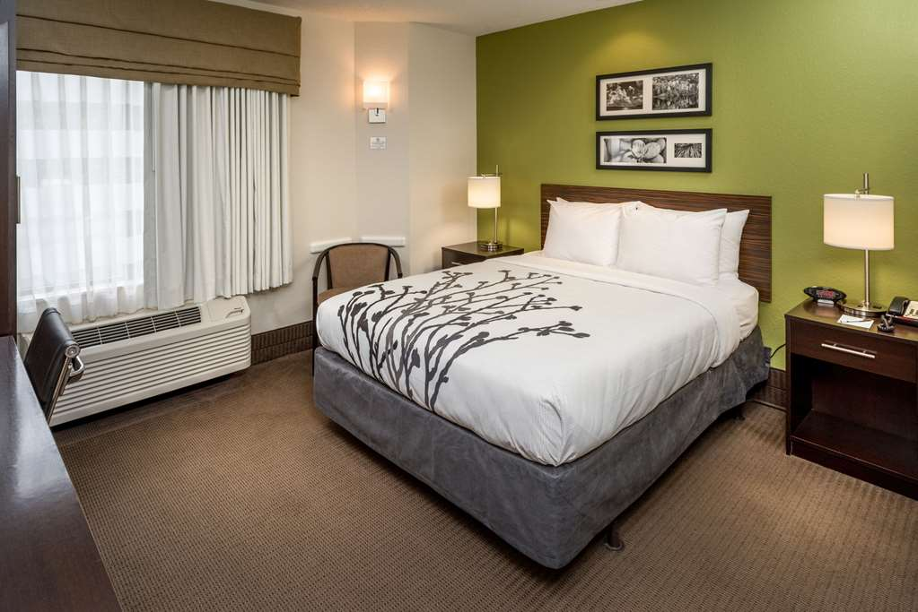 Gallery image of Sleep Inn Charleston