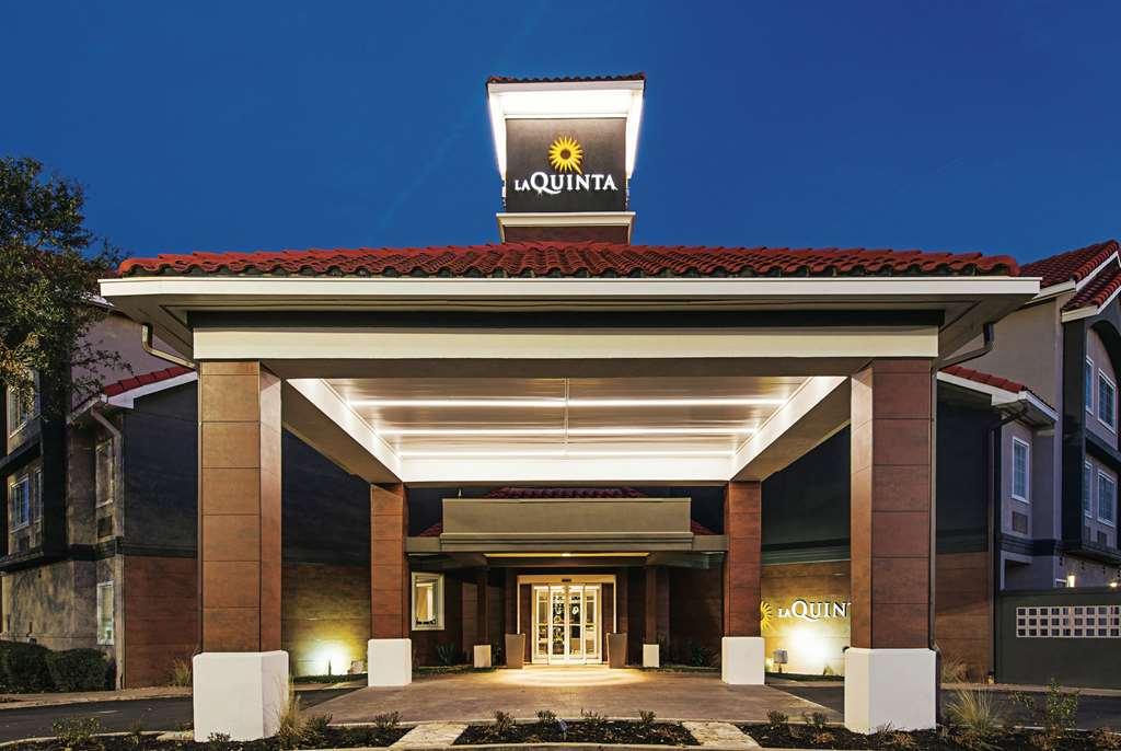 La Quinta Inn and Suites Austin Mopac North