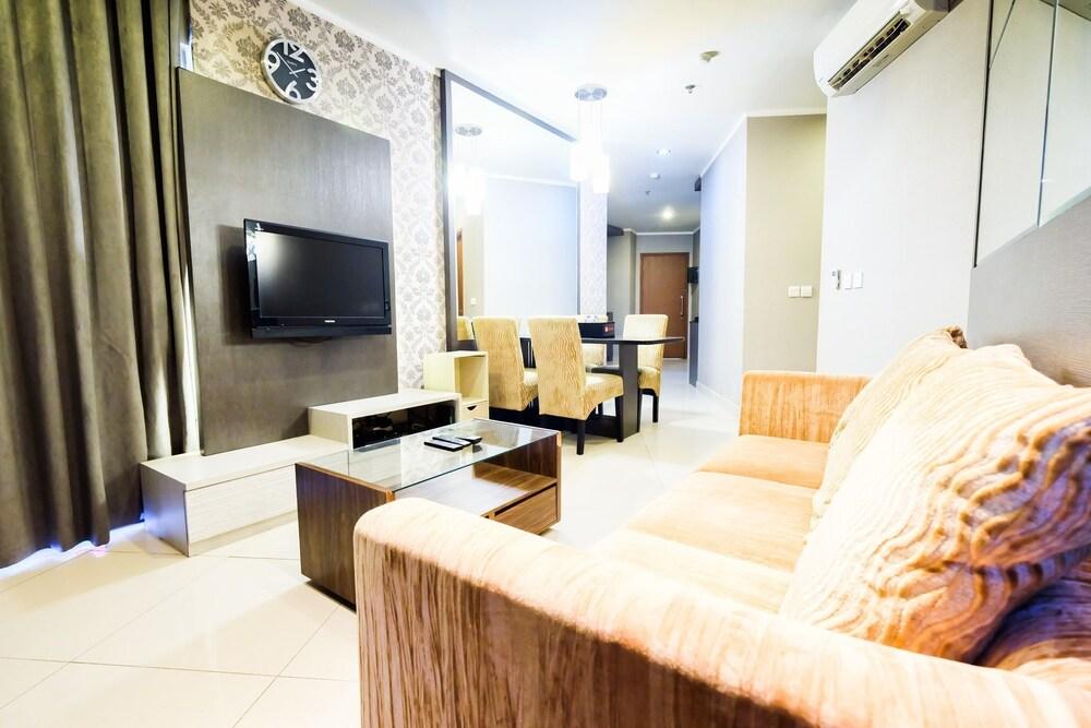 Luxury 2BR Apartment Sahid Sudirman Residence