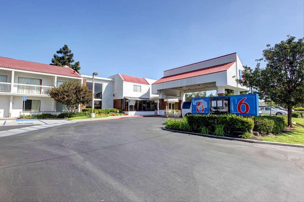 Motel 6 Irvine Orange County Airport