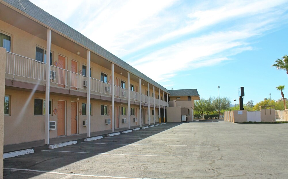 Gallery image of Stone Inn U of A