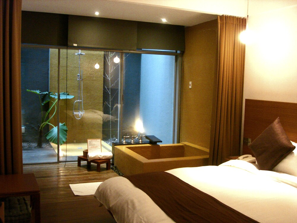 Gallery image of Hotel Double One