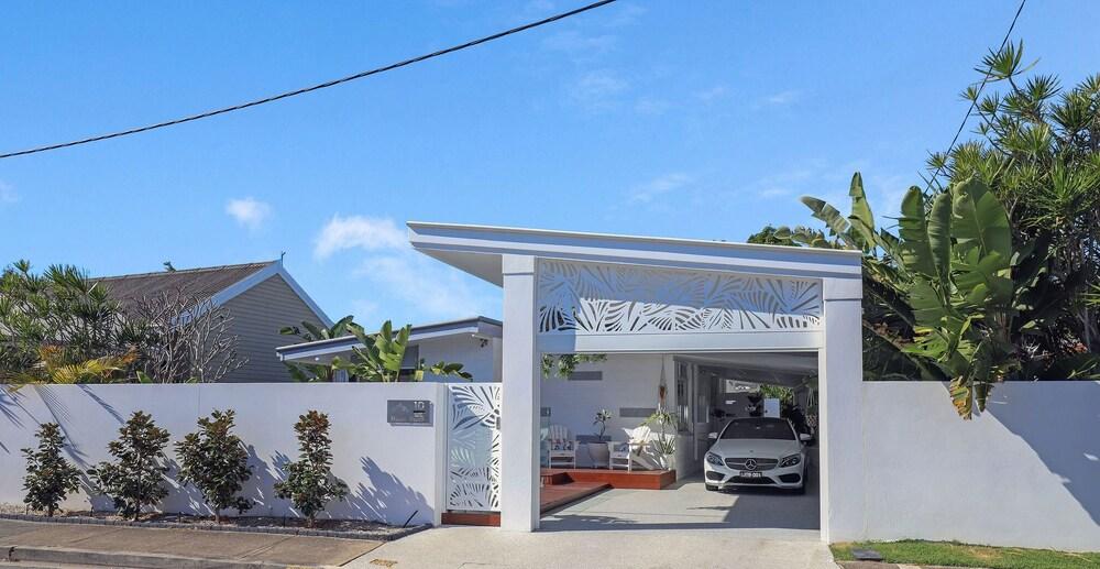 Miami Beachside Family Holiday Home