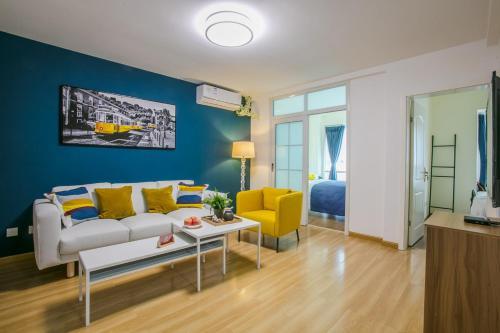 ChengDu GaoXin Global Center Locals Apartment 00123820
