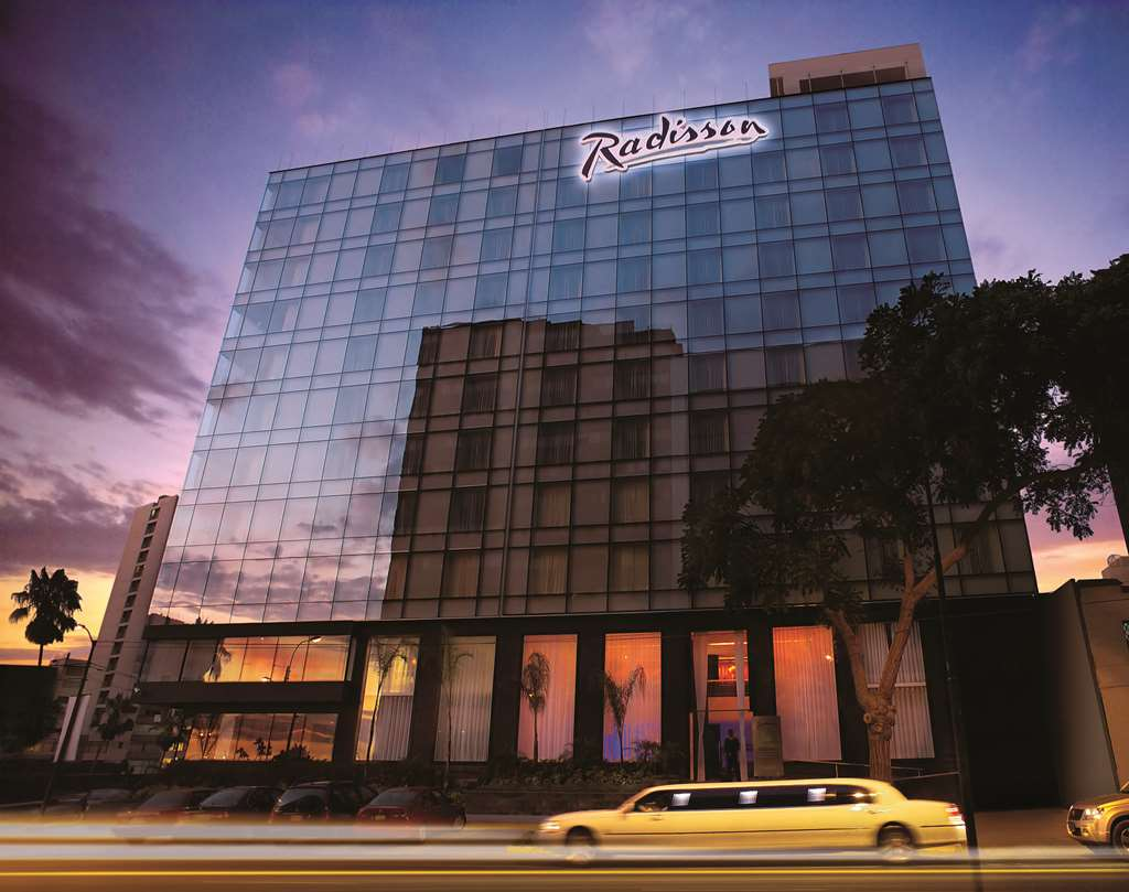 Gallery image of Radisson Hotel Decapolis Miraflores
