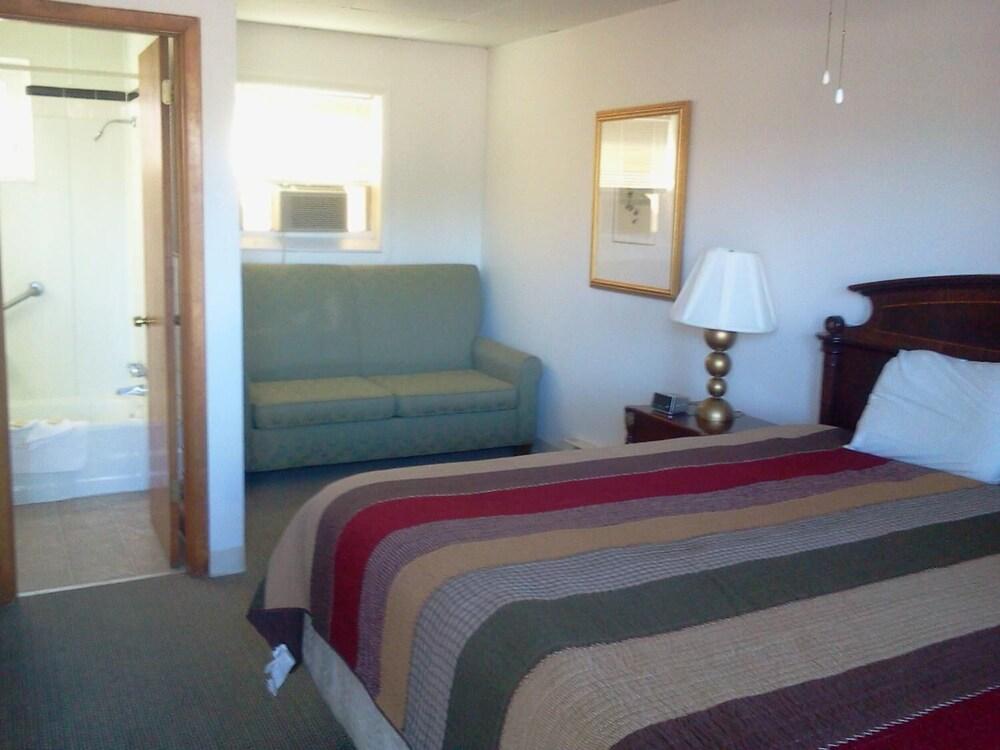 Gallery image of Golden Gate Motel