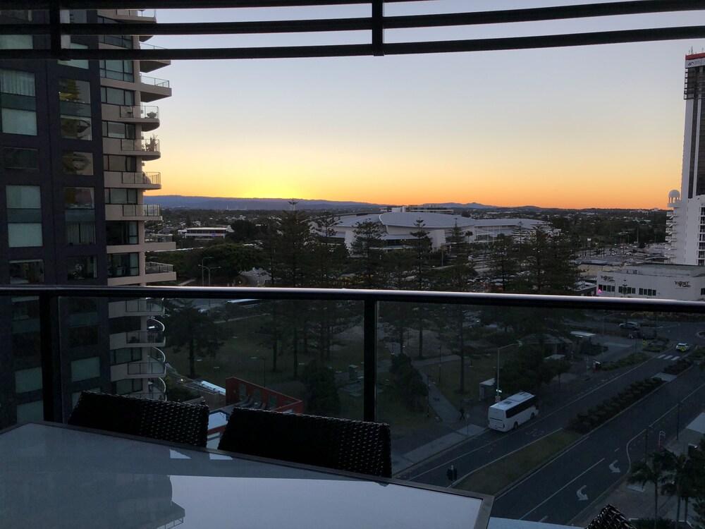 Large Apartment at Oracle Resort