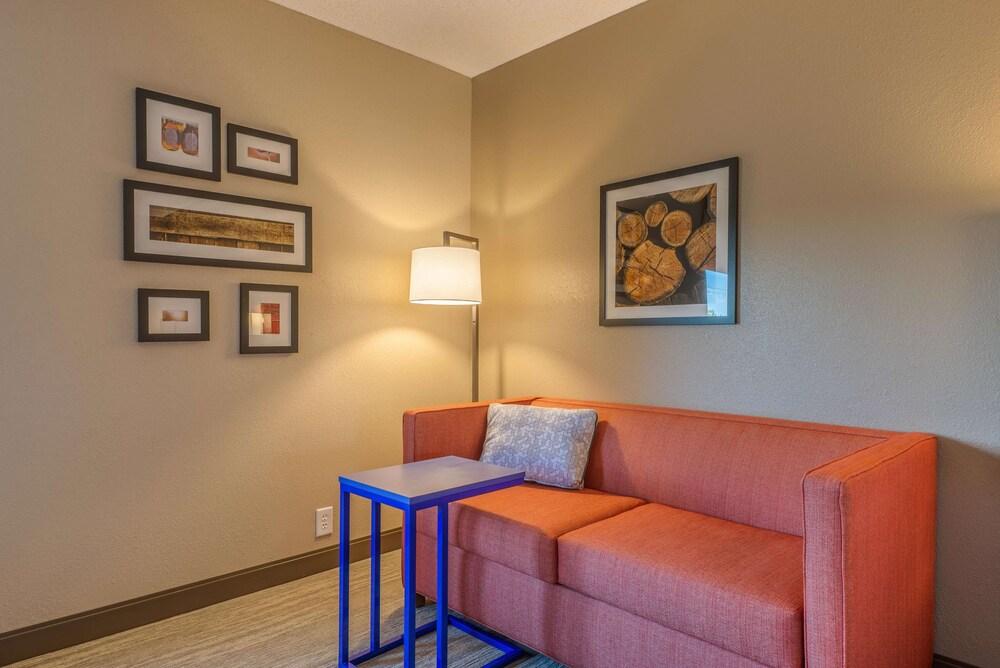 Gallery image of Hampton Inn Wilkesboro