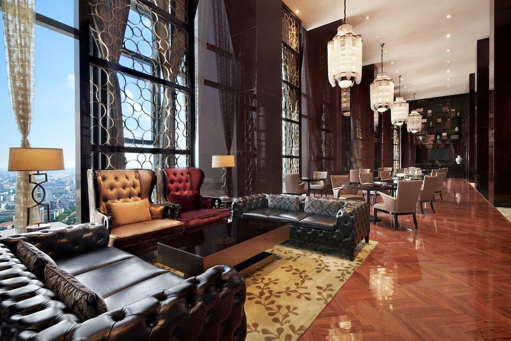 Sheraton Shanghai Waigaoqiao Hotel
