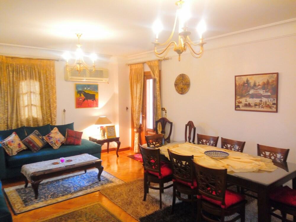 Zahraa Al Maadi Apartment
