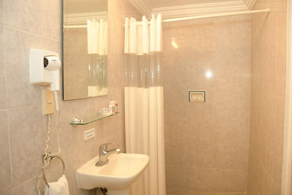 Gallery image of Hotel Villa Bejar Tequesquitengo
