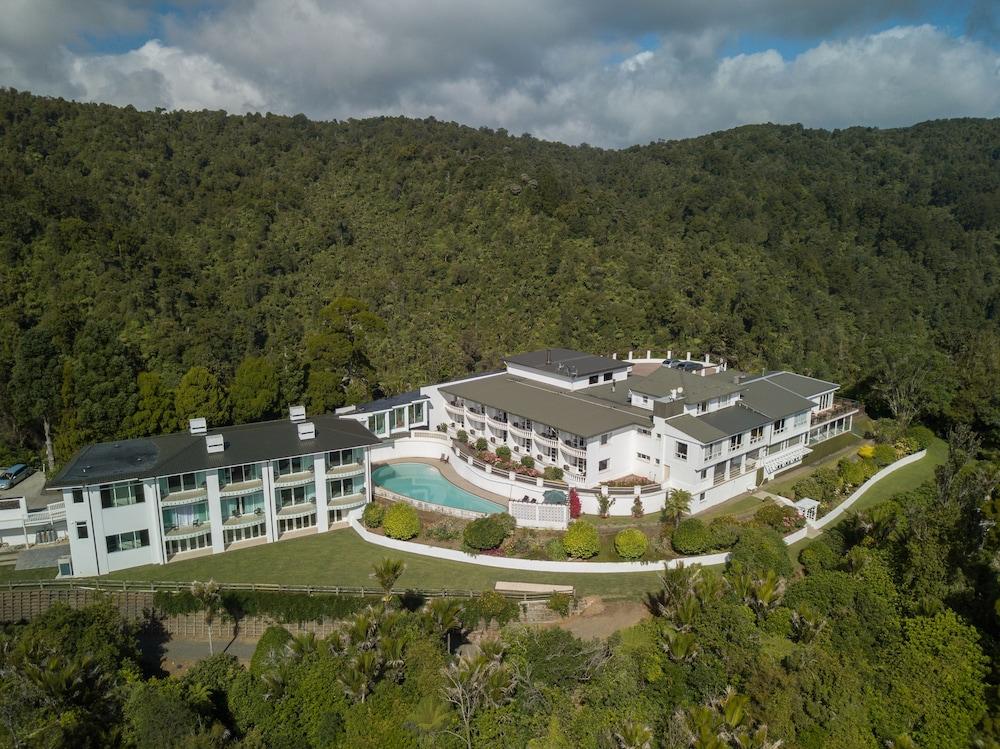 Waitakere Resort & Spa