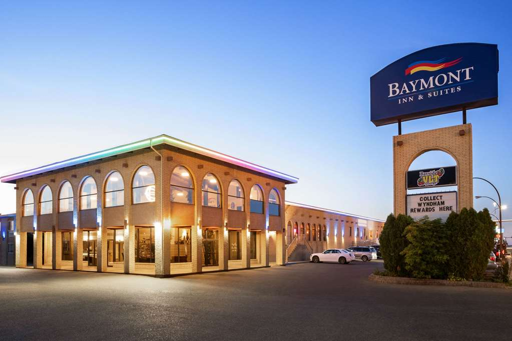 Gallery image of Baymont by Wyndham Medicine Hat