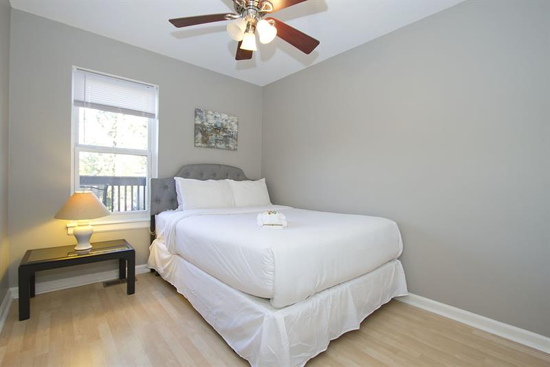 Expansive 4BR in Near West Side by Sonder