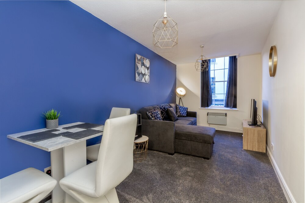 New Street Worcester City Centre Apartment
