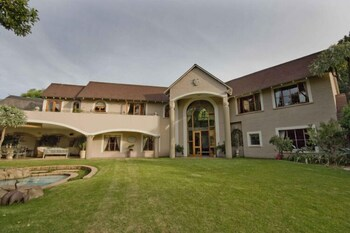 Ash Manor