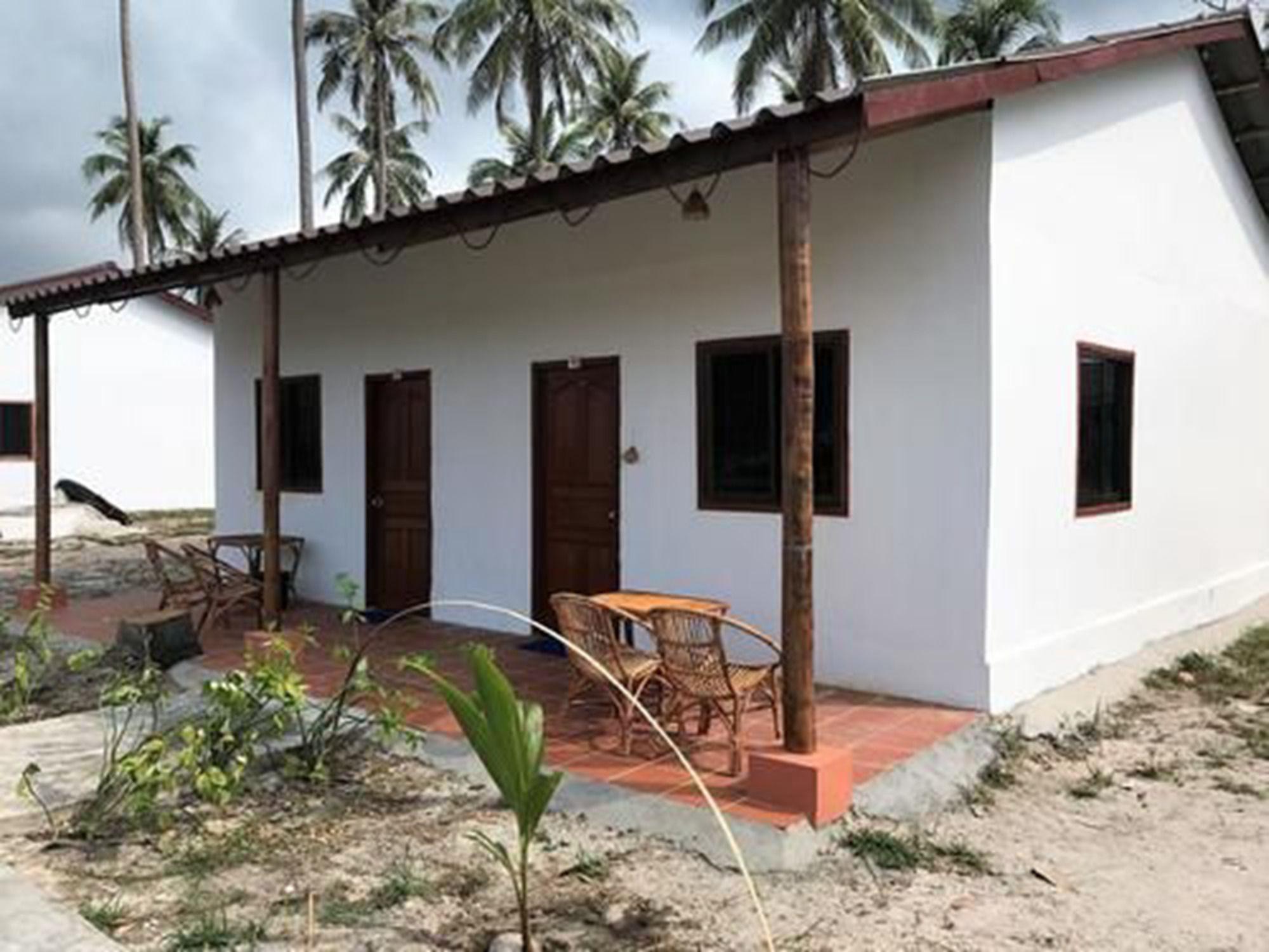 Coconut Blvd Resort