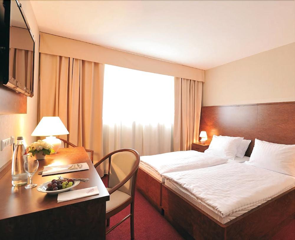 Gallery image of Hotel Restaurant Hoettche