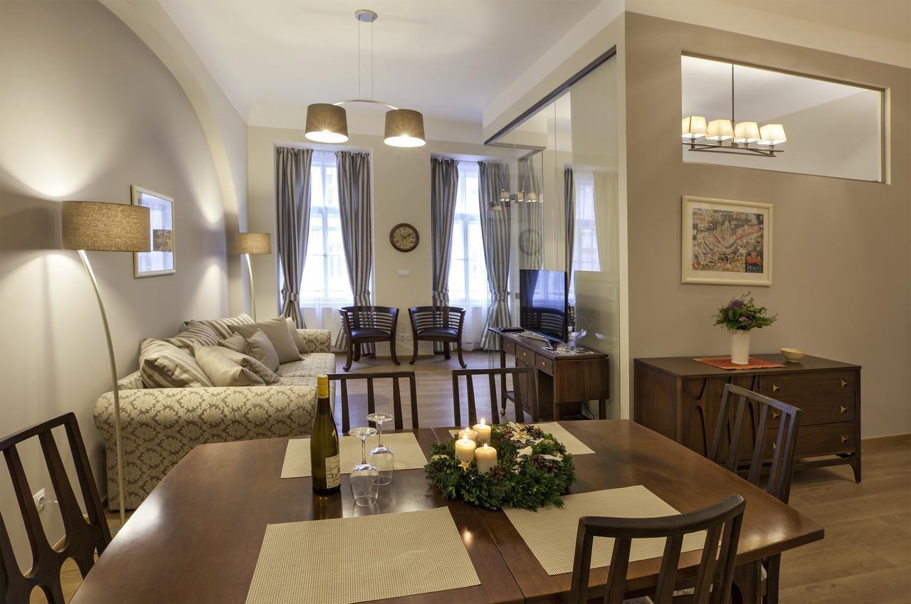 Igor And David Apartments