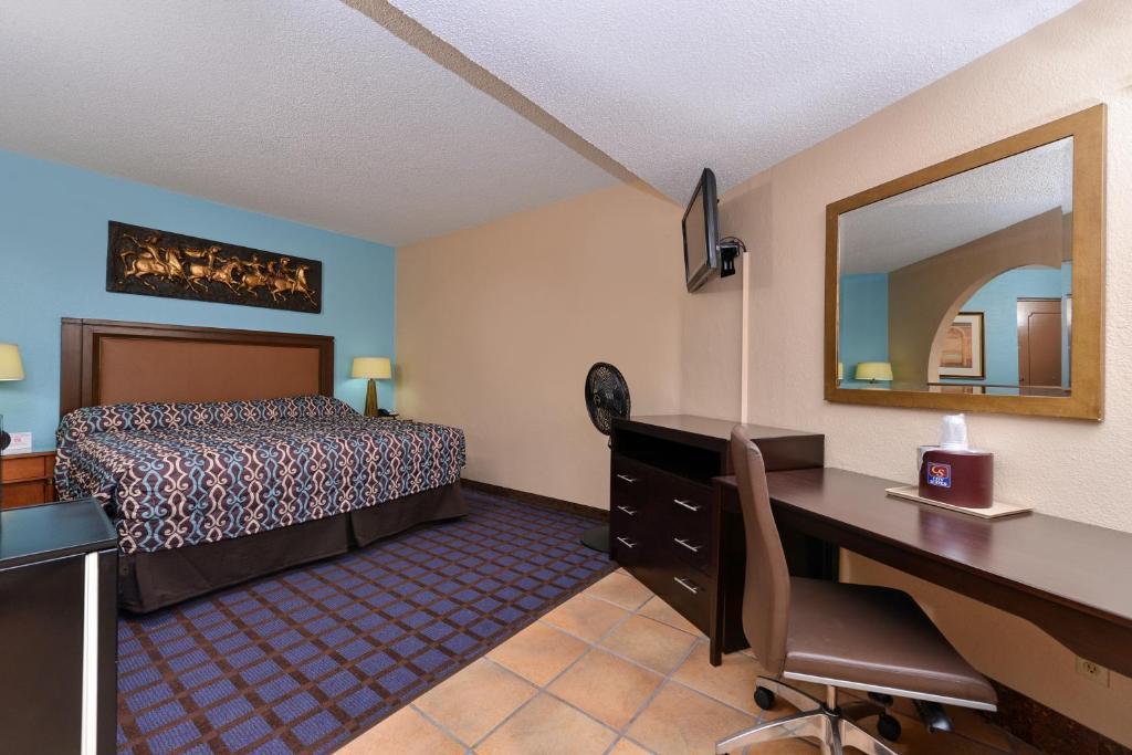 Gallery image of Economy Inn Ardmore