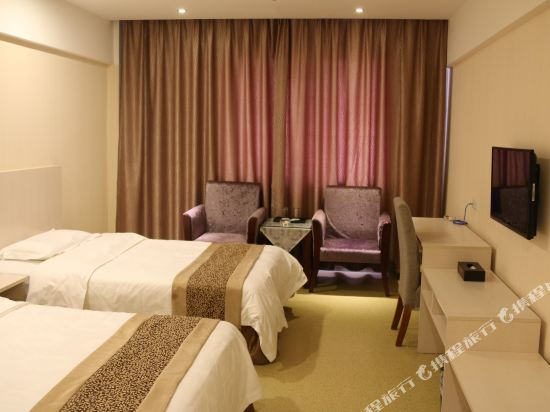 Gallery image of Triumph Hotel