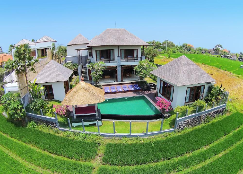 Jabunami Villa