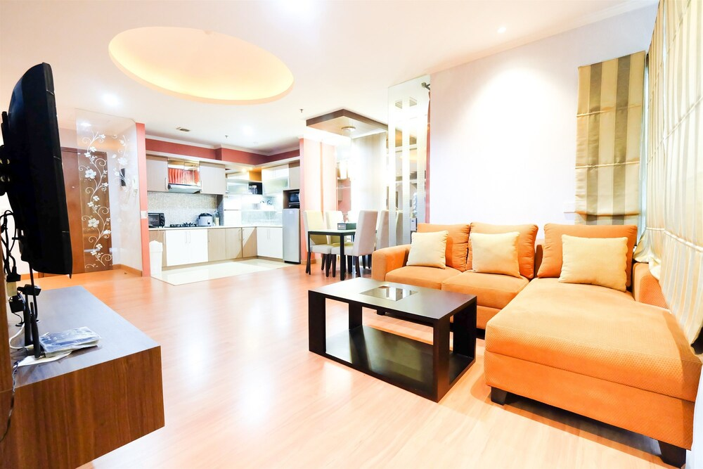 Cozy and Comfy Sahid Sudirman Residence Karet Apartement