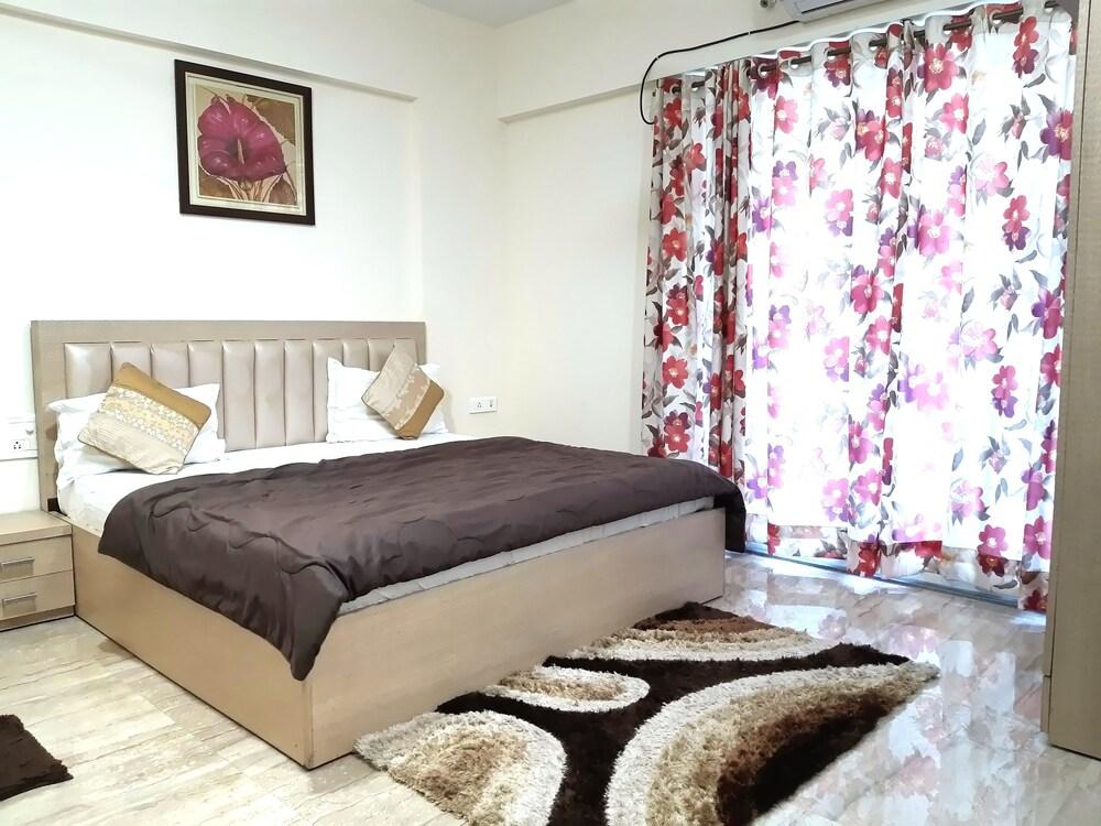 Arista Service Apartments Kalanagar