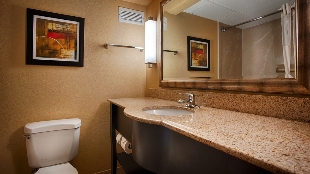 Gallery image of Best Western Plus Greensboro Coliseum Area